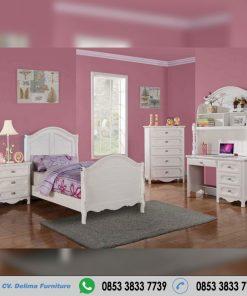 Set Tempat Tidur Anak Perempuan Cat Duco