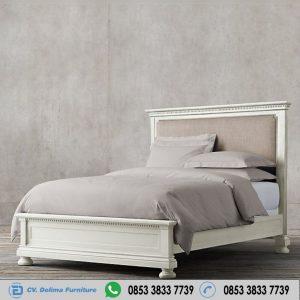 Tempat Tidur Cat Duco Putih Minimalis