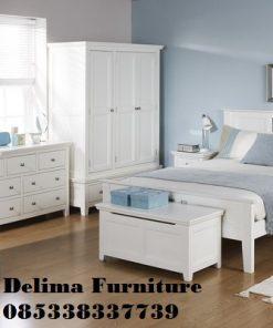 Set Kamar Tidur Minimalis Putih Bersih